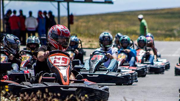 Karting, actividad original para despedida de soltero en Salamanca