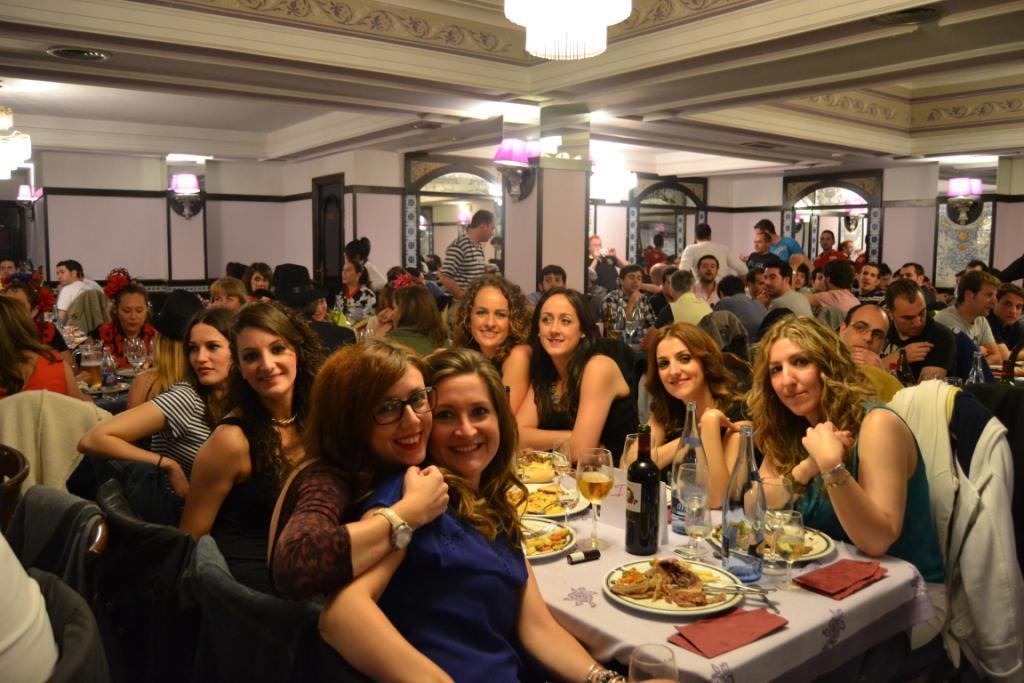 Cena y show para despedidas de soltera en Salamanca y Valladolid