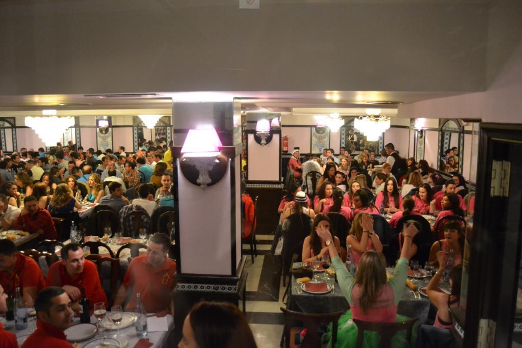 Cena de grupos y show en Salamanca y Valladolid